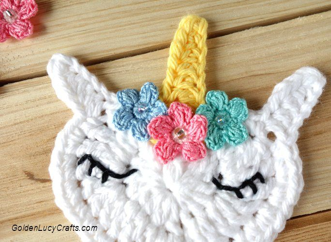 Crochet unicorn applique unicorno