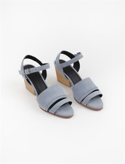 creatures of comfort monica -light blue sandals
