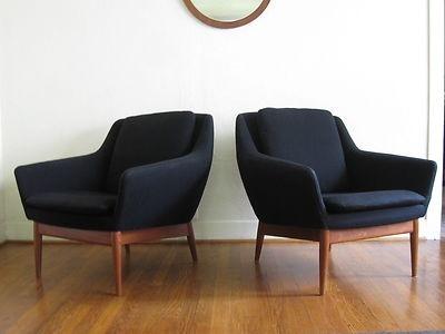 Mid-Century Modern Danish Modern Lounge Chairs Black & Teak Pair Eames Era