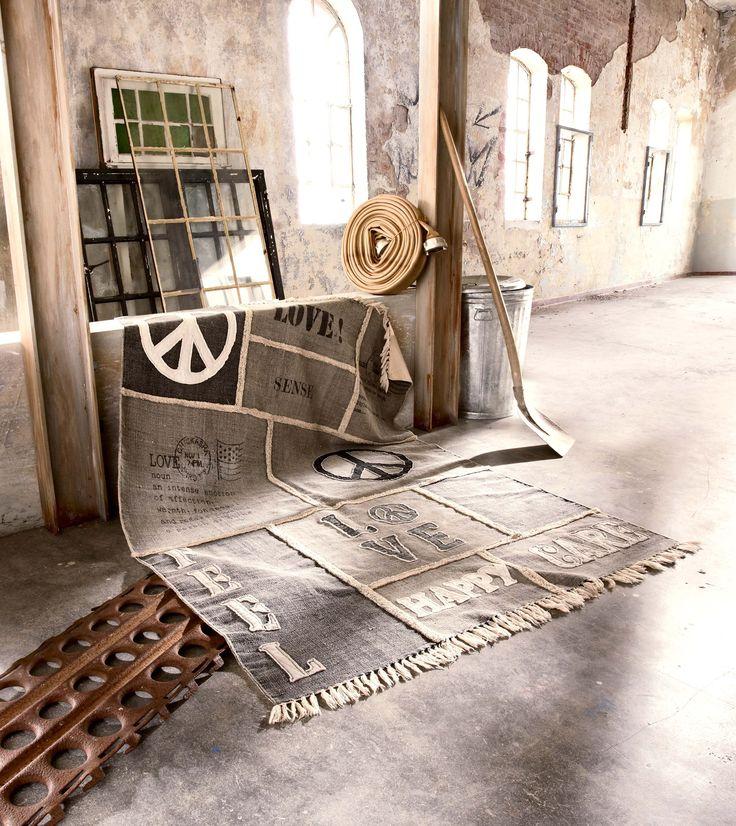 """VILLA INDUSTRIAL – Stylische Hingucker im Urban Chic. Möbel im Industrial Look mit viel Ausdruck für Kreation und Fertigung industrieller Elemente. """"Auf alt getrimmte"""" Möbel die vor allem aus viel Stahl und anderen Metallen gefertigt werden."""