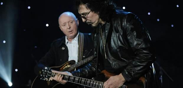 Playing a gig with Jasper Carrott!