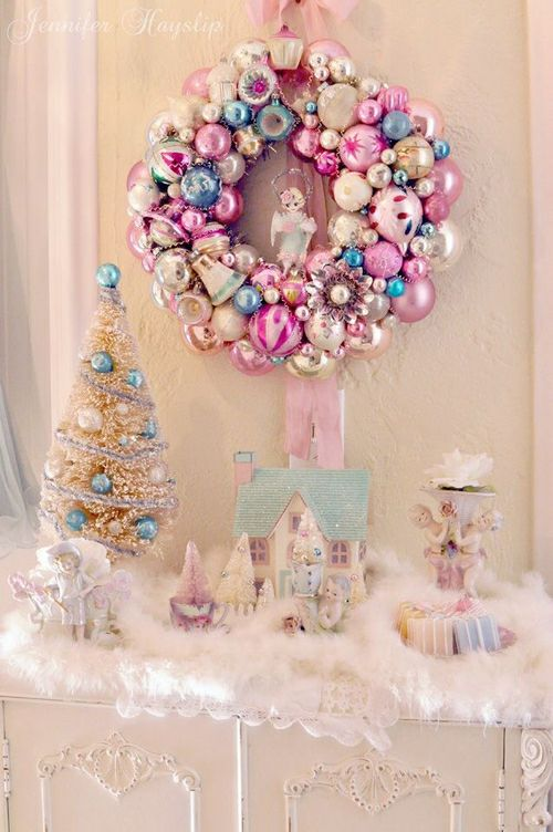 1000 images about a shebby chic vintage and victorian christmas on pinterest pink christmas. Black Bedroom Furniture Sets. Home Design Ideas