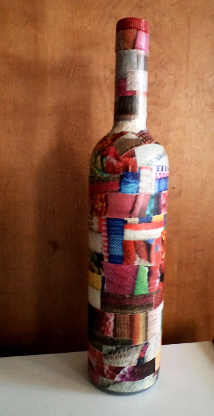 botella decoupage revistas