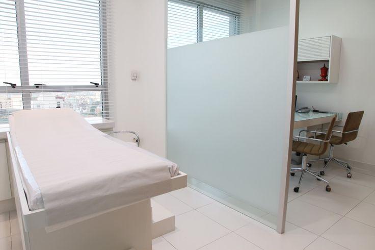Rosângela Coelho Brandão – Design de Interiores — Consultório Médico – Lifecenter