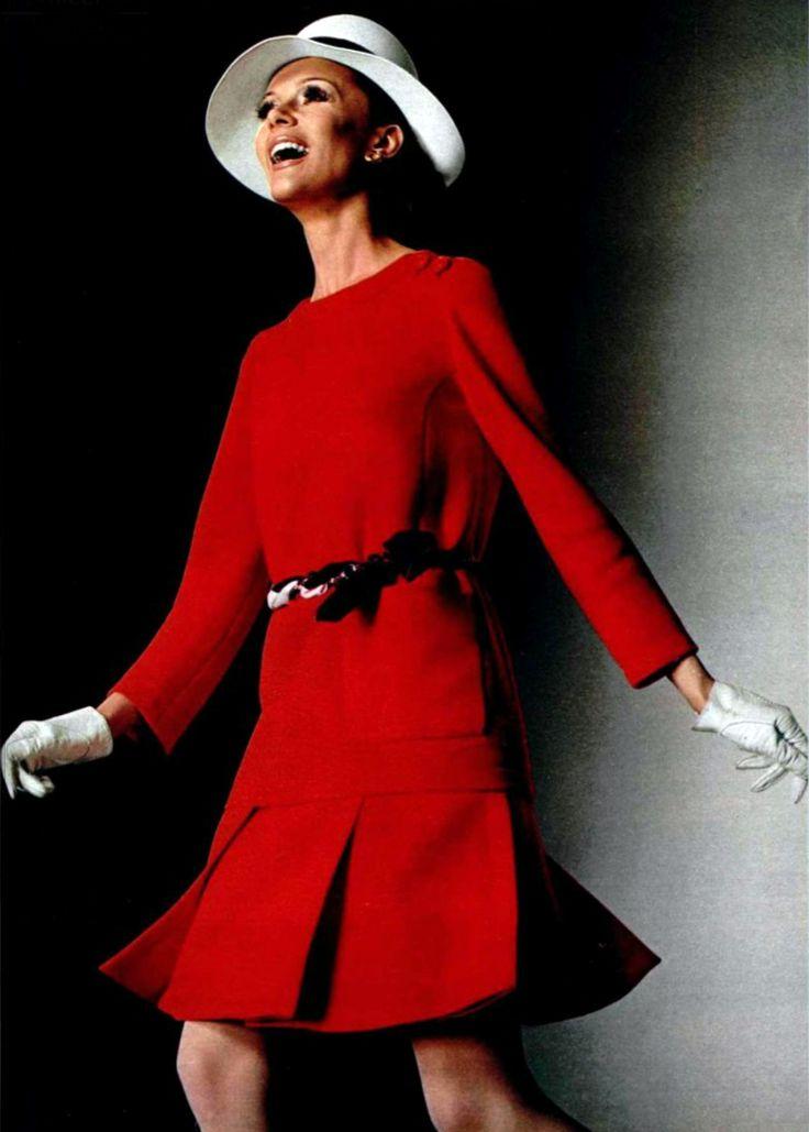 Nina Ricci 1969