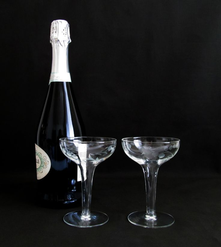New to VintageLandia on Etsy: Hollow Stem Champagne Glasses | Vintage Champagne Coupe Glass Set | Something Old | Bride and Groom Glasses | Wine Lover Gift (24.99 USD)