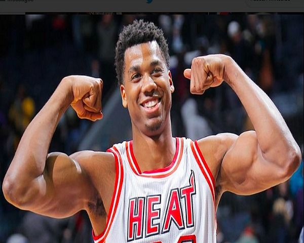 Miami Heat Retains Hassan Whiteside In Lineup Despite Knee Injury - http://www.morningledger.com/miami-heat-retains-hassan-whiteside-in-lineup-despite-knee-injury/13125274/