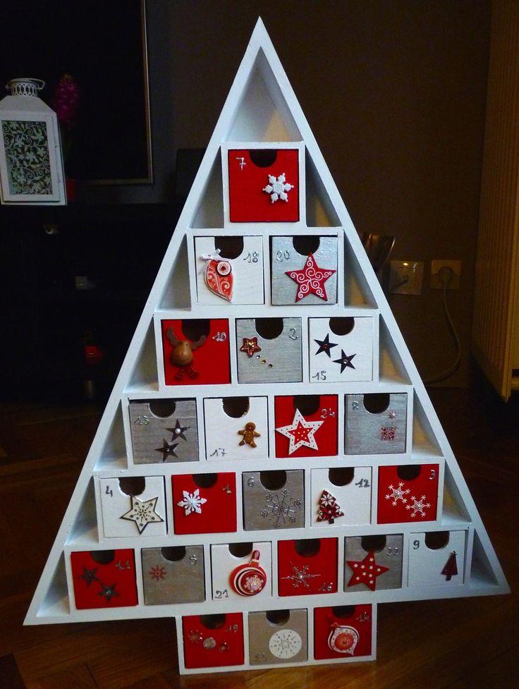 Calendrier de l'Avent en bois – 24 boites à remplir - blanc et rouge