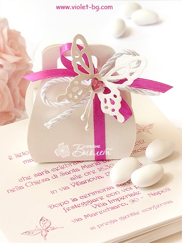 #bonbonniere / wedding #favors / #butterflies from www.violet-weddinginvitations.com and www.violet-bg.com