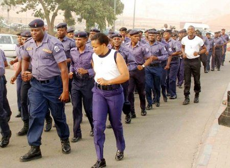 Nigerian Navy Releases List Of Shortlisted Candidates For The 2017 DSSC Interview http://ift.tt/2iWHtEM