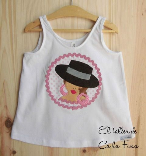 Camiseta flamenca para niña, modelo Córdoba en rosa. #camisetasflamencas #camisetaspersonalizadas #camisetasdecoradas