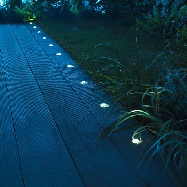 Les 25 meilleures id es de la cat gorie clairage for Luminaire terrasse bois
