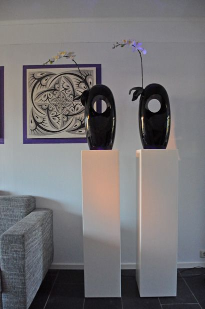 Zuilen van mdf   alle kleuren leverbaar   zuil wit en zwart   zuil 35x35x100cm   maatwerk zuil, sokkel, pilaar, kubus en blok