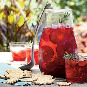 Sparkling Autumn Chianti from Southern Living's October issue!  Making some this weekend! Looks delightful!