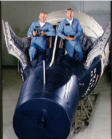 From left: Gemini Pilots Buzz Aldrin and Jim Lovell The Gemini 12 mission was a manned spaceflight launched on November 11, 1966 as the concluding mission of NASA's Gemini program. The objectives were to dock with the Agena target vehicle and conduct three spacewalks. The mission included conducting 14 scientific experiments and taking pictures of the total eclipse over South America. Gemini 12 returned to earth on the 15th of November.