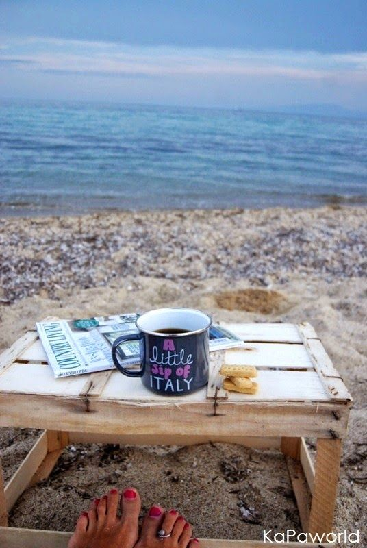 KaPa. Me without you...tea without a biscuit!: Γιορτάζουμε....έτσι για χαρά!