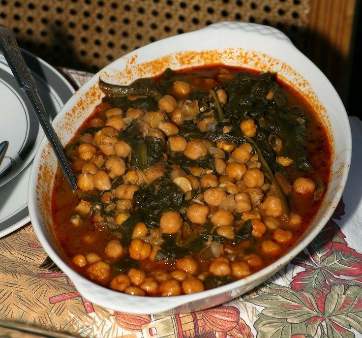 Thanksgiving 2013: Espinacas con garbanzos, garbanzo stew with spinach ...