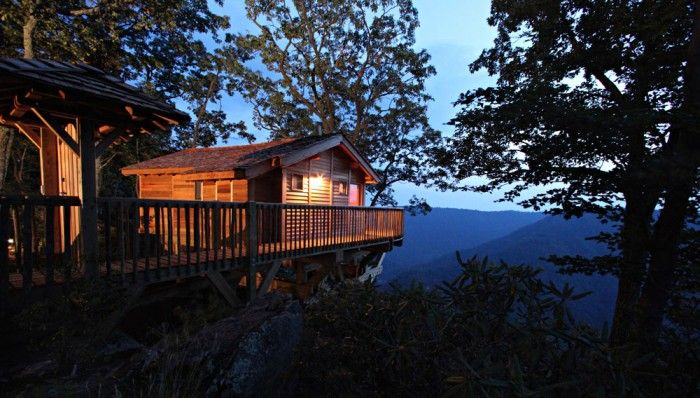 There's no better way to see the Blue Ridge Mountains than from this spectacular tree house for two, located on an over 12,000-acre glamping resort in southwestern Virginia. A cozy king-size bed, turndown service, Wi-Fi, and a bathtub with views of the Dan River Gorge are only the beginning of the luxurious amenities that this glamping tree house in Virginia has to offer. Glampers will never want to leave after waking up every morning and having a cup of coffee to the breathtaking views ...