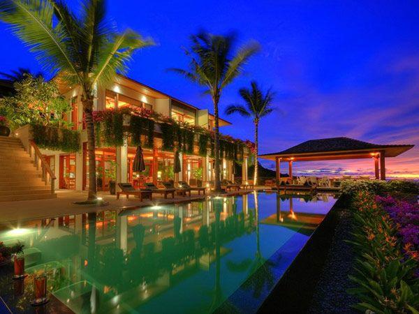 Exotic Modern Villa in Thailand Overlooking the Andaman Sea