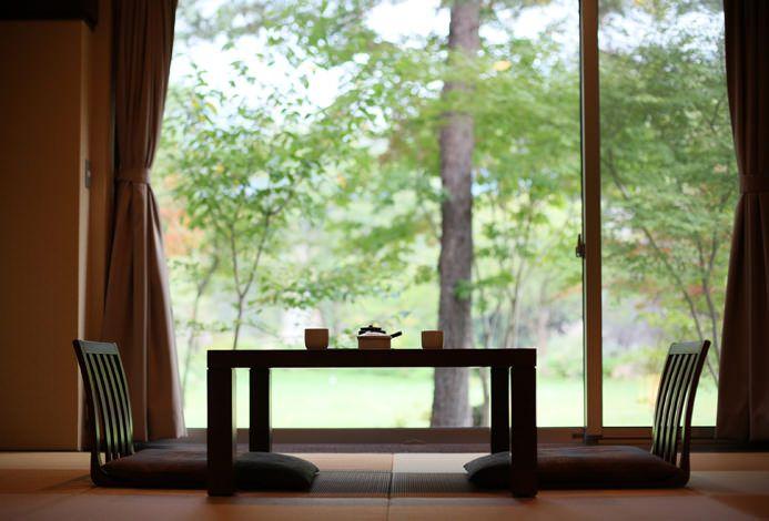時の宿 すみれ | 贅沢な「おふたり」時間を堪能する一軒宿 / 高級旅館・ホテルの予約ならrelux(リラックス)。全プランポイント還元5%で、宿泊プランは最低価格保証付き!