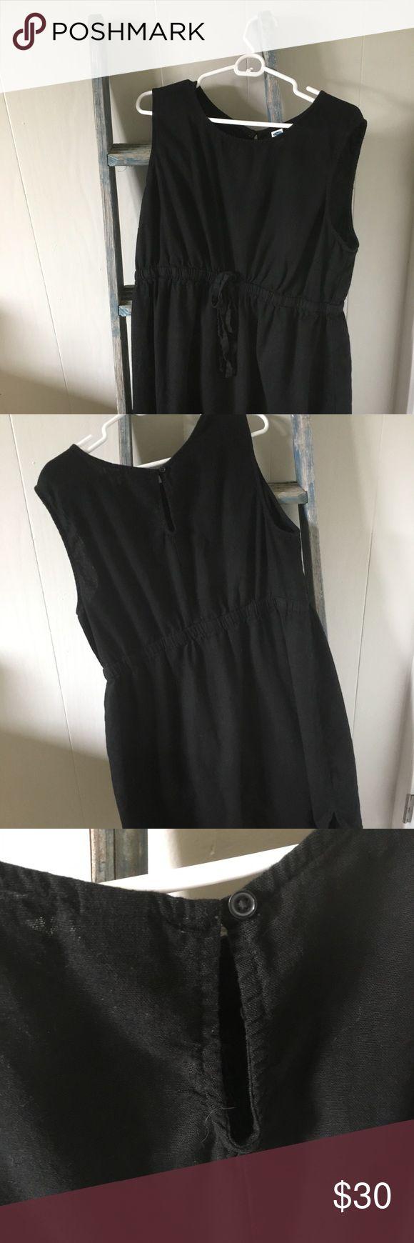 Old Navy Maternity Dress in Black Old Navy Maternity Dress in Black XL, Drawstring waist, Sleeveless. Linen. Never worn! Old Navy Dresses Midi
