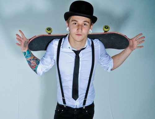 White gaugesSkateboards, Swag, Bowler Hats, Future Husband, Boys, Fashion Trends, Skater Style, Suspenders, Hot Guys