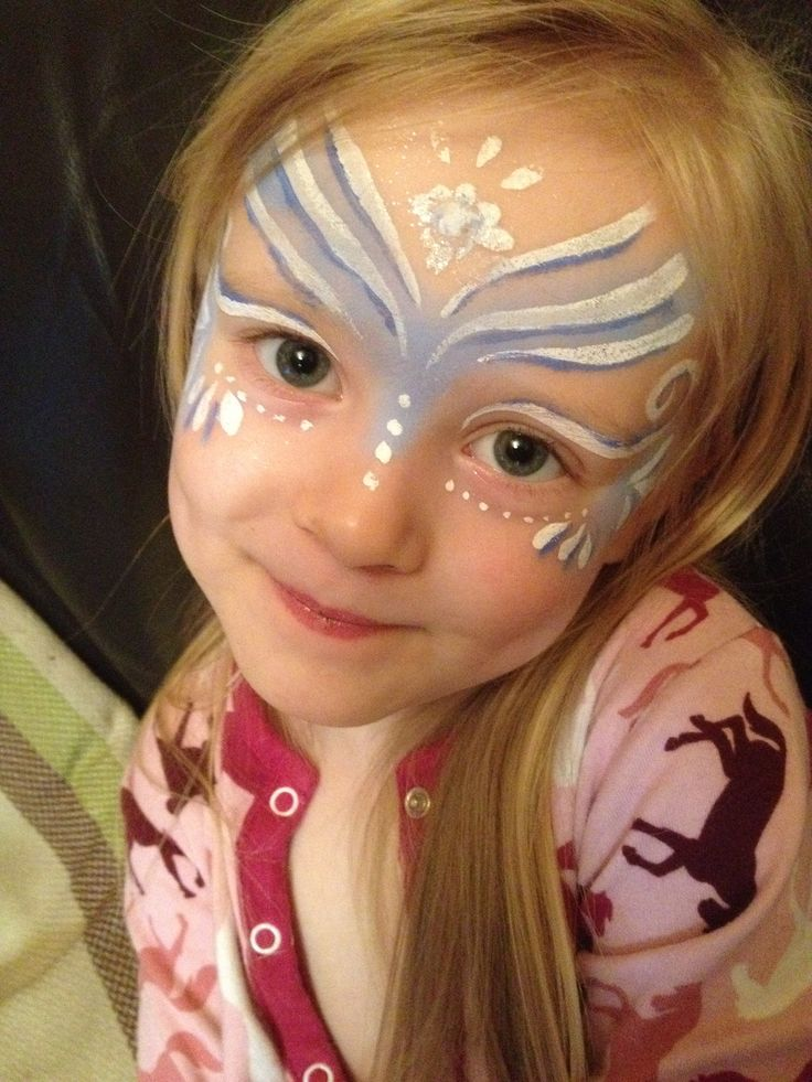 97 best ansiktsmaling images on pinterest artistic make for Frozen face paint