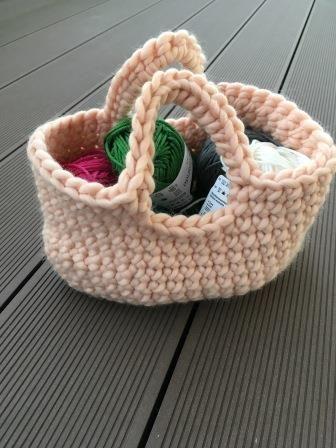 May 5 Häkelkörbchen Eine Anleitung Häkeln Crochet Crochet