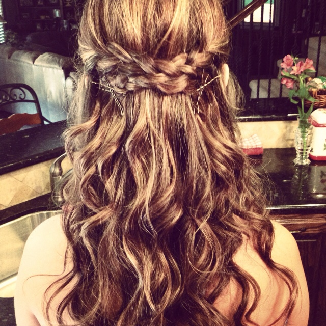 Steal Jessica Simpson S Pretty Half Up Wedding Hairstyle: 71 Best Banquet Hair Ideas :) Images On Pinterest