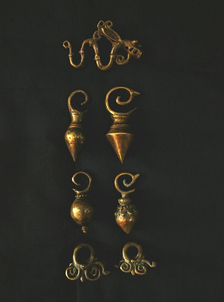 #Dayak earrings. Reproduction brass hand cast. #antingdayak www.kulukgallery.com.
