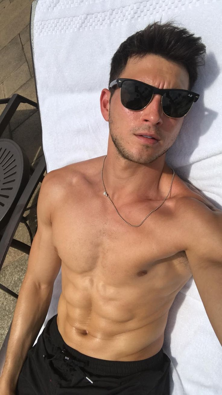 Alexis_Superfans Shirtless Male Celebs: Robert Scott
