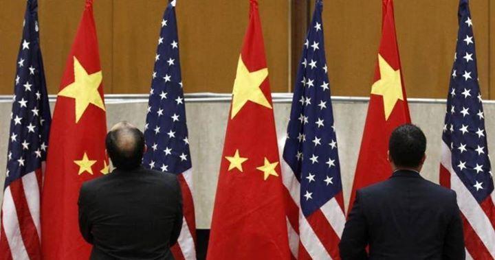 الصين تلغي محادثات تجارية مع أمريكا مع تصاعد التهديدات بشأن التعريفات الجمركية قالت صحيفة وول ستريت جورنال إن الصين ألغت المحادثات التجارية المقبلة Suspender