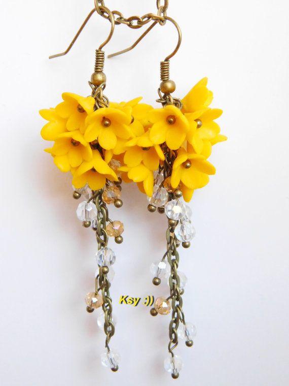 Pendientes de racimo amarillo largo flor racimos por BeatifulByKsy
