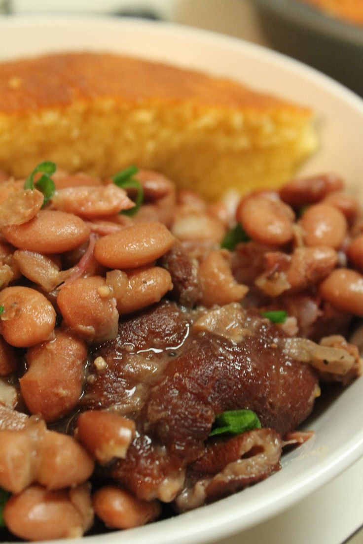 Southern Style Pinto Beans with smoked ham Hocks. Using the Crock pot