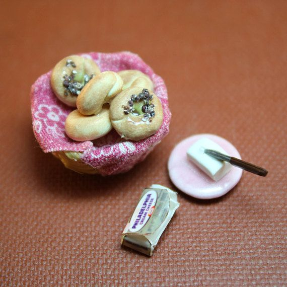 Dollhouse Miniature Handmade Basket of Bagels and Plate of Cream Cheese Out of the Box (1/12 Scale) Let's do mini brunch!