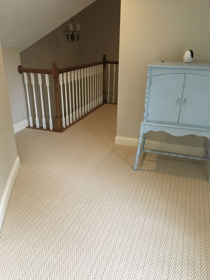 Lowes Stainmaster Apparent Beauty Whisper Berber Carpet.
