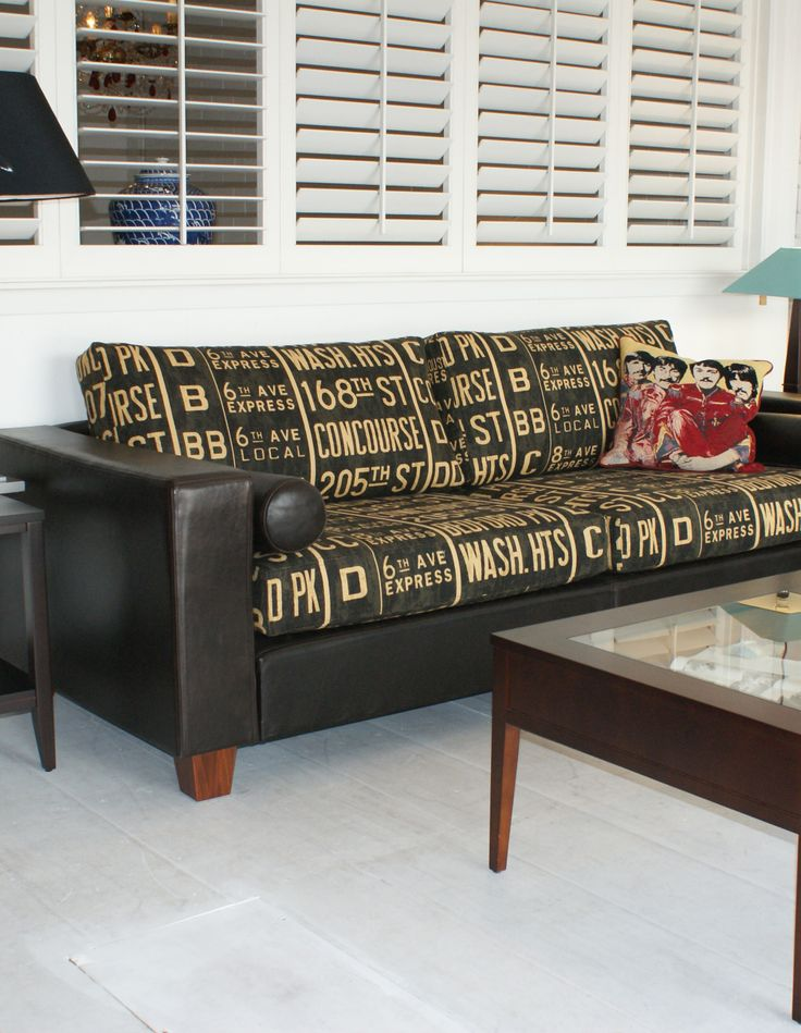"Manhattan Sofa leather and Linen ""Bus Stop"""