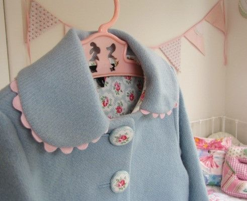 Little Ladies Coat http://missmollycoddle.co.nz/collections/missmollycoddle
