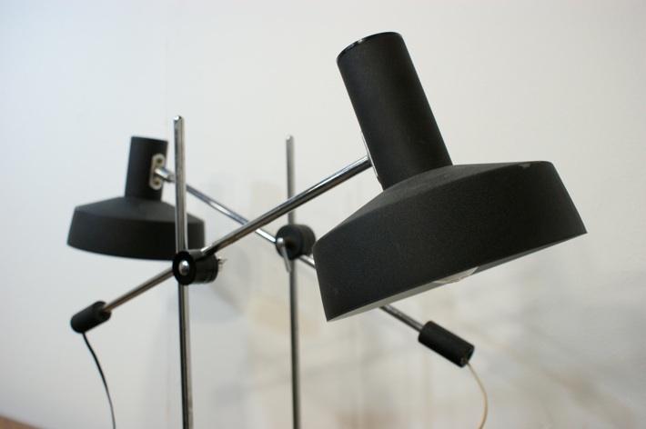 Minimalist table lamps