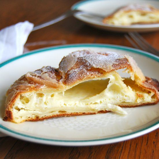 This Austrian cheesecake is like no other: a creamy fromage frais filling, wrapped in paper-thin strudel pastry.