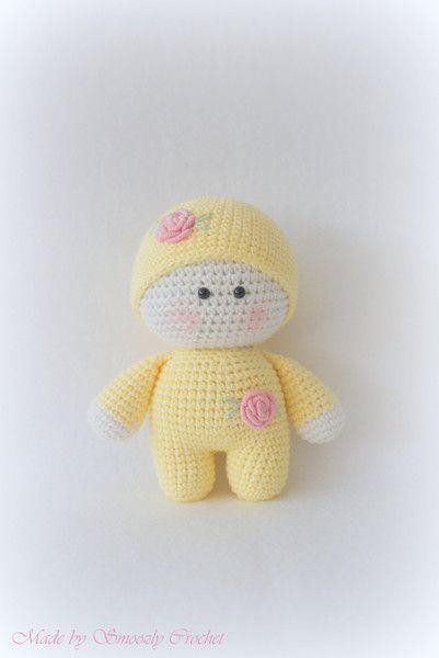✣ Süße Puppe in pastell gelb gehäkelt ✣ von ✣ Smoozly Crochet ✣ auf DaWanda.com