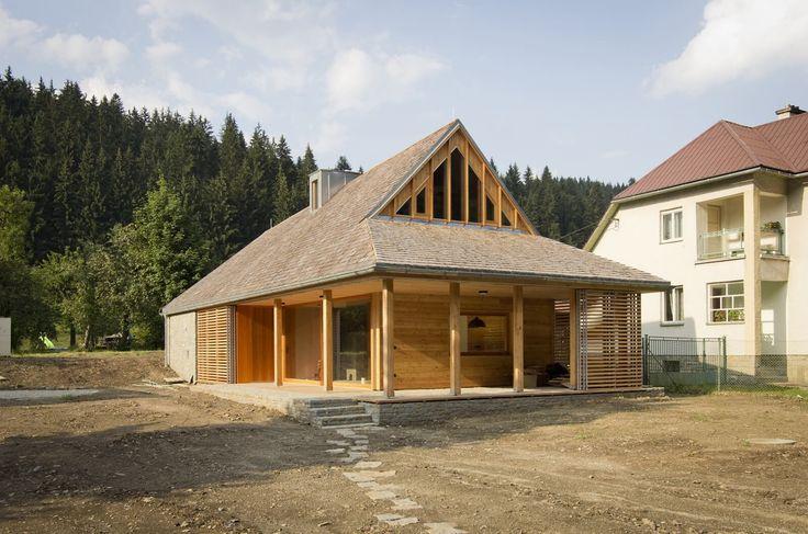 Víkendový dům se inspiroval tradičními valašskými chalupami