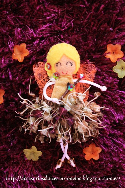 Doll Felt Autumm Fairy / Hada de Otoño http://accesoriosdulcescaramelos.blogspot.com.es/2014/03/hadas-natura-coleccion-2014.html