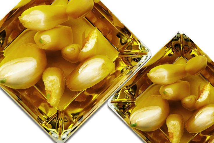 Vyrobte si doma česnekový olej. Je jednoduchý a má spoustu výhod