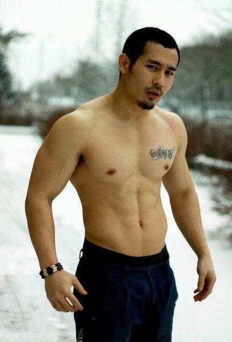 Asian Muscle Man 40