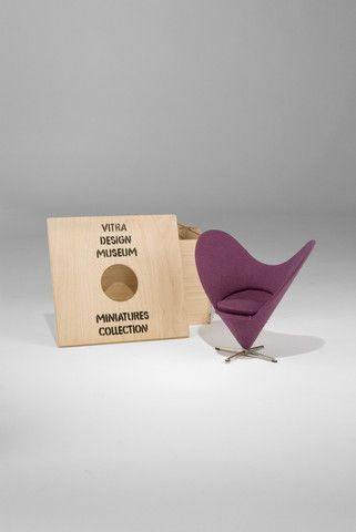 Heart Cone Chair (1:6 Scale Miniature) by Verner Panton - Vitra Design Museum