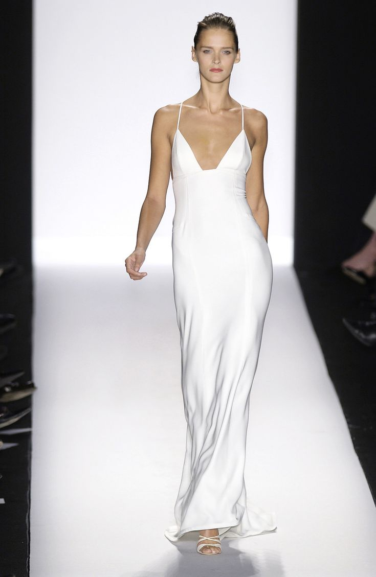 Narciso Rodriguez at New York Fashion Week Fall 2003 - StyleBistro