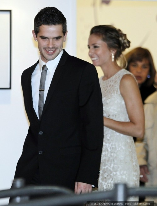 Fernando Gago, and his lady love, tennis pro Gisela Dulko, tied the knot in July 2011 in the Palermo district of Buenos Aires, Argentina. Both went for simple wedding day dress statements for their low-key civil ceremony, which was later celebrated at a lavish Tattersal salon reception with some help from 400 of their closest friends and family.    Wowzer.