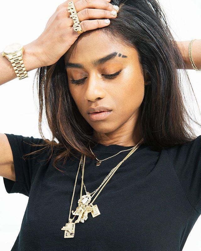 28 best Eyebrow Slits images on Pinterest   Eye brows ...