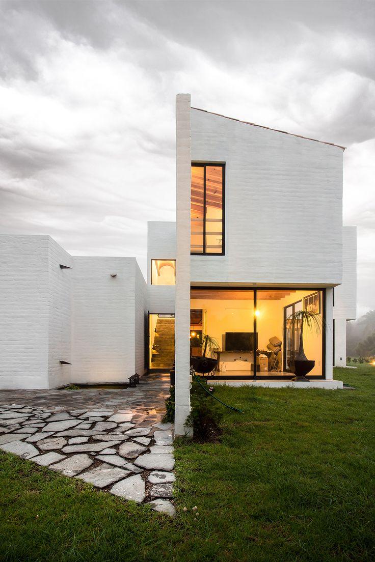 Residência Eucaliptos / MO+G taller de arquitectura